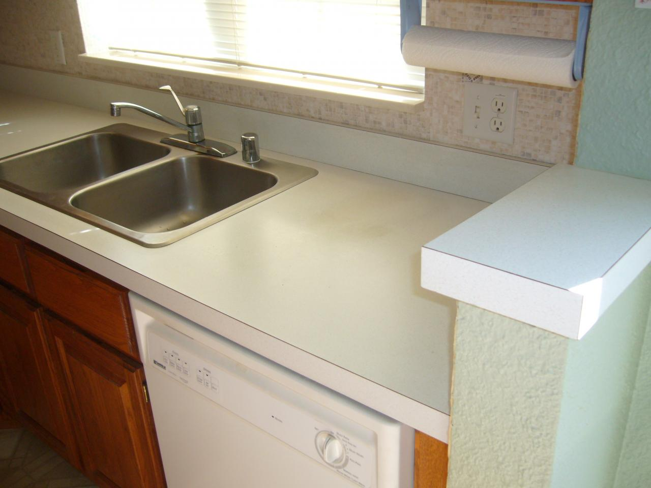 Kitchen Laminate Countertops Laminate Kitchen Countertops Pictures Ideas From Hgtv Hgtv Pin